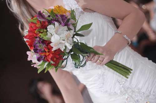 Brautstrauss Hochzeitsstrauss Bedeutung Kosten Fangen Bilder